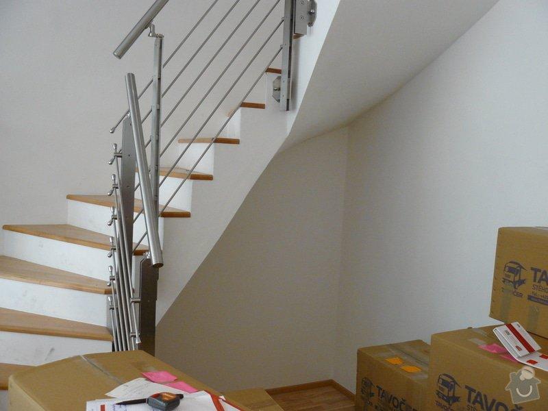 Výrobu 2 úložných prostorů-vestavěných skříní: P1060107