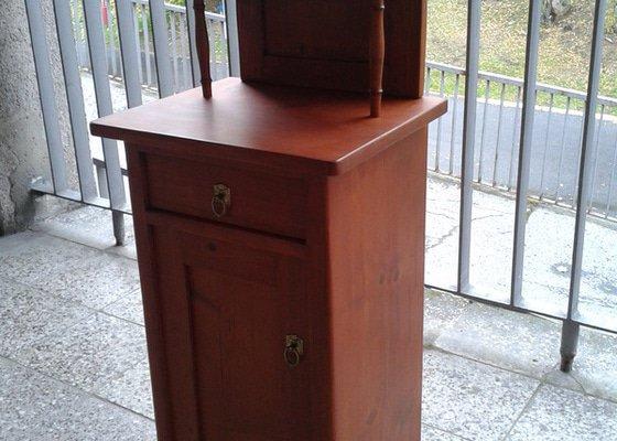 Renovace špajzky,nočního stolku a skřínky
