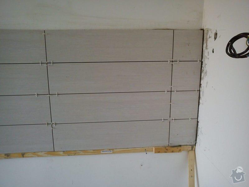Obklad stěny za kuch. linkou - 3m2: DSC00636