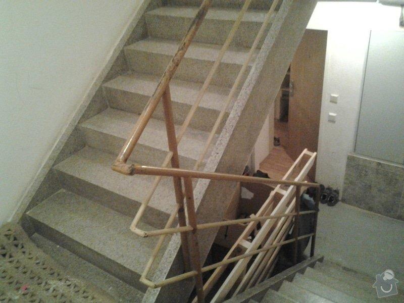 Výroba a montáž zábradlí na schodišti BD: 2013-10-14_20.12.14