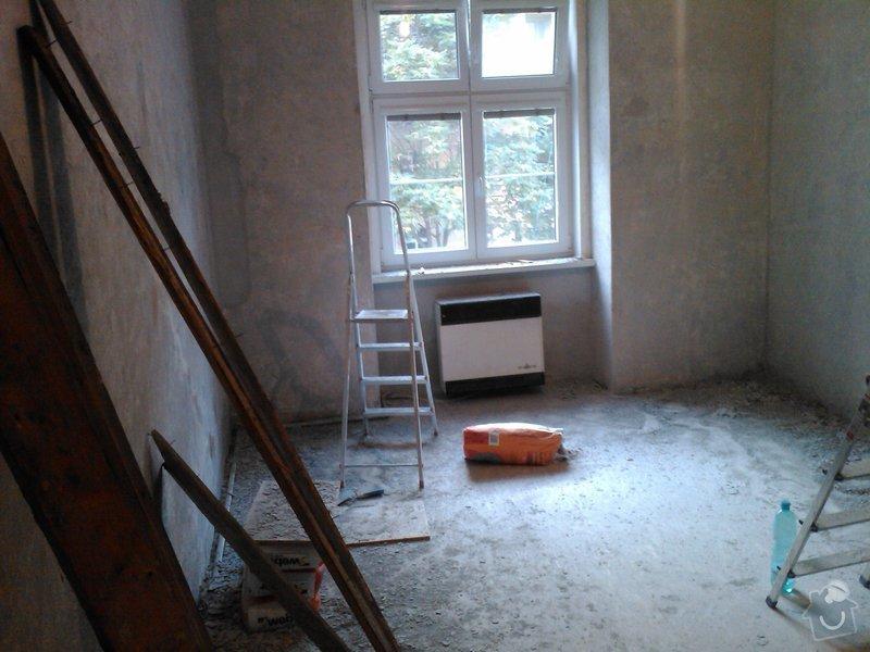 Vybourání otvoru pro dveře + úprava vedení trubky k WAW: IMG418