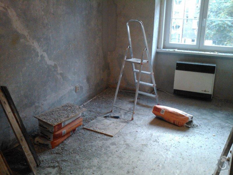 Vybourání otvoru pro dveře + úprava vedení trubky k WAW: IMG420
