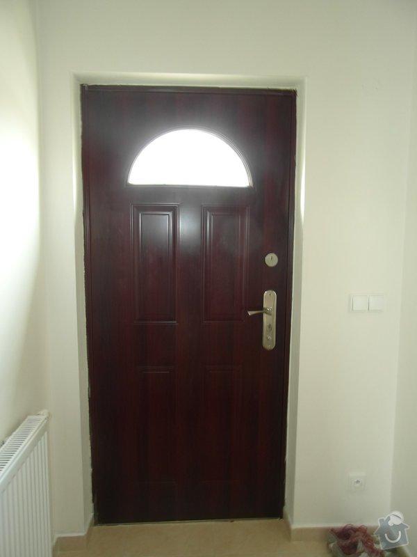 Čalounění vchodových dveří z vnitřní strany interiéru: SAM_2464