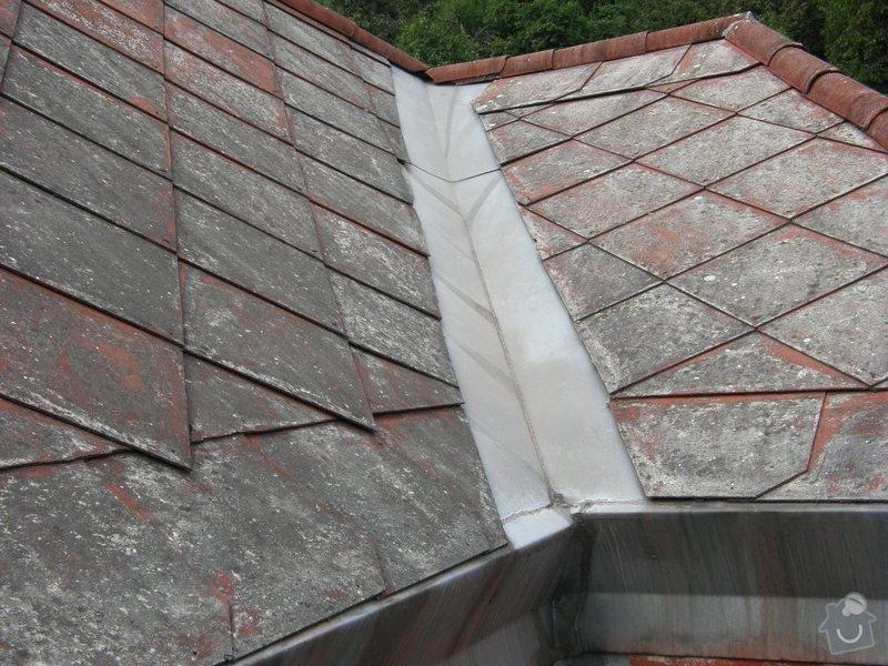 Oprava střechy.Výměnu eternitové krytiny za plastové šablony nebo plech.Opravy krovu a bedění: P8240046