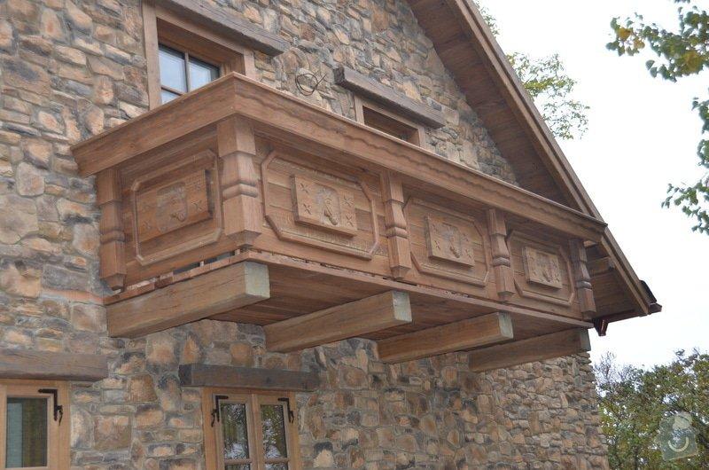 Dubový Balkón s řezbami: DSC_3980