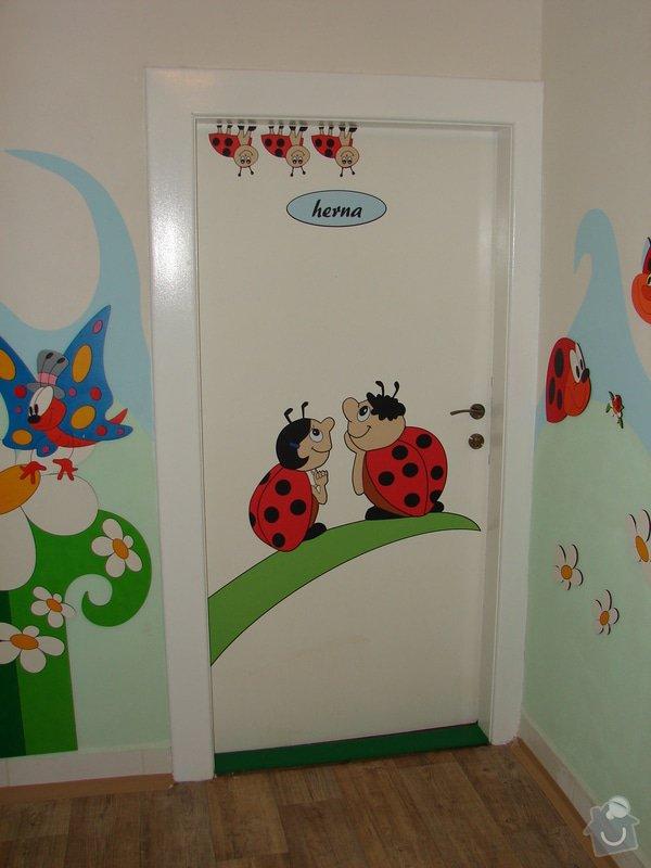 Nástěnná malba pro miniškolku v roce 2012, 2013 + Renovace a výzdoba dveří samolepkami: renovace-a-vyzdoba-dveri-samolepkami_DSC09416
