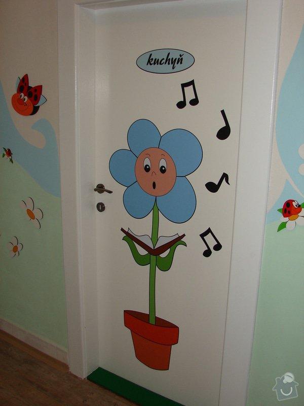 Nástěnná malba pro miniškolku v roce 2012, 2013 + Renovace a výzdoba dveří samolepkami: renovace-a-vyzdoba-dveri-samolepkami_DSC09418