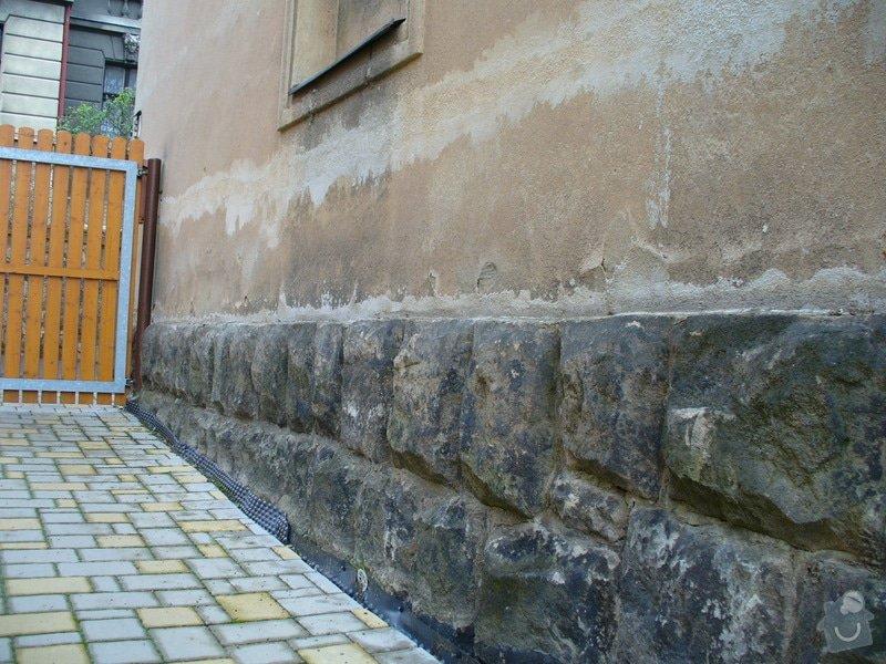 Vodorovná izolace podřezáním zdiva: P1080084
