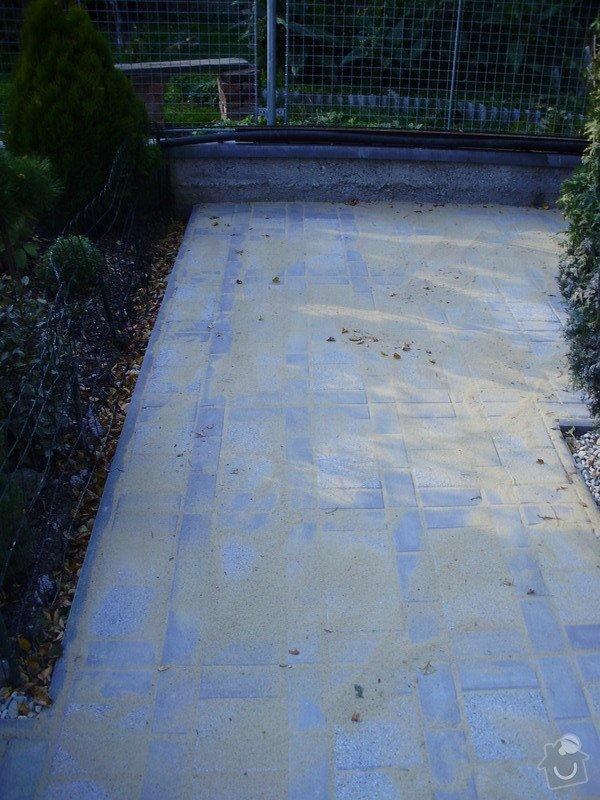 Rekonstrukce dvora a chodníků.: P9280758