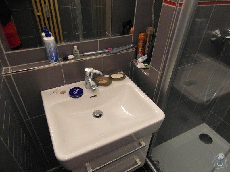 Rekonstrukce koupelny, elektrorozvodů, kuchyně, wc popř. ještě podlahy chodby: SAM_0847