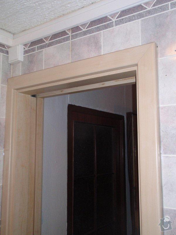 Sádrokartonová příčka a strop + vestavěné skříně a dveře do pouzdra: P1010072