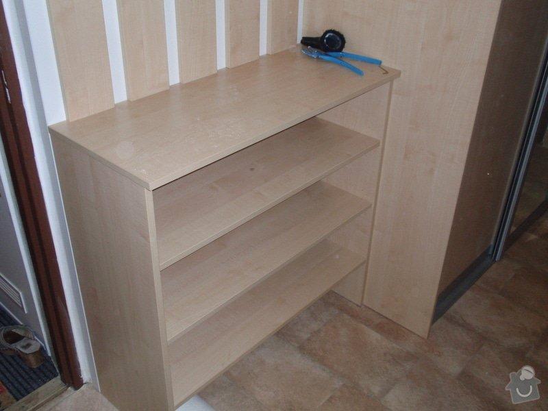 Sádrokartonová příčka a strop + vestavěné skříně a dveře do pouzdra: P1010084