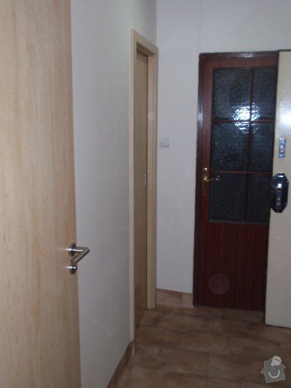 Sádrokartonová příčka a strop + vestavěné skříně a dveře do pouzdra: P1010087