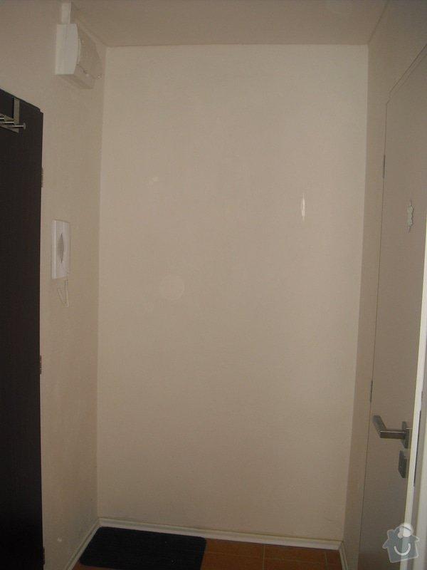 Vestavěná skříň do chodby, dveře bílé/zrcadlo, pouze dveře, boční ani zadní stěna není potřeba : CIMG7332