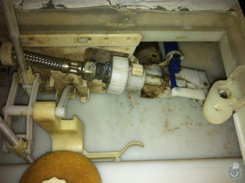 Oprava protekajiciho splachovani toalety: IMG_6134