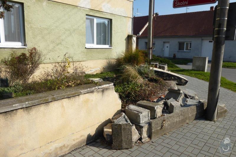 Oprava plotu - zbourání a stavba nového: P1000850