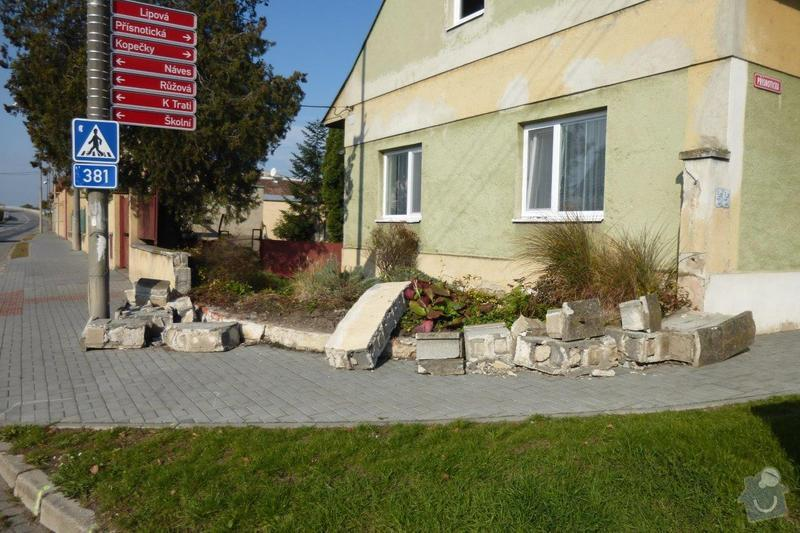 Oprava plotu - zbourání a stavba nového: P1000851