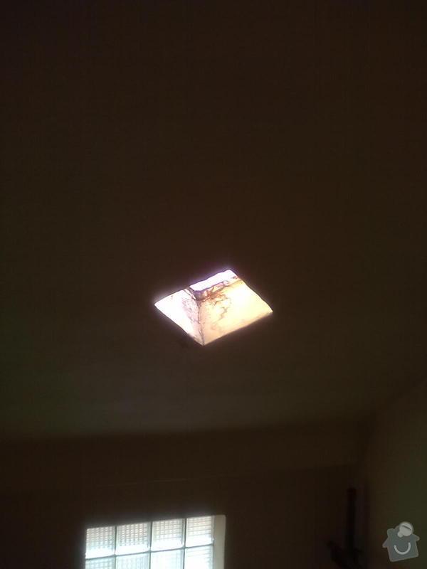 Montáž sádrokartonu, Montáž střešního okna: 21102013842