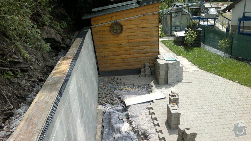Zhotovení uzavřené pergoly s rovnou střechou  4 x 7,5 m: 29062013275