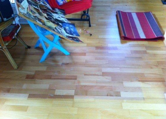 Oprava plovoucích podlah v rodinném domě
