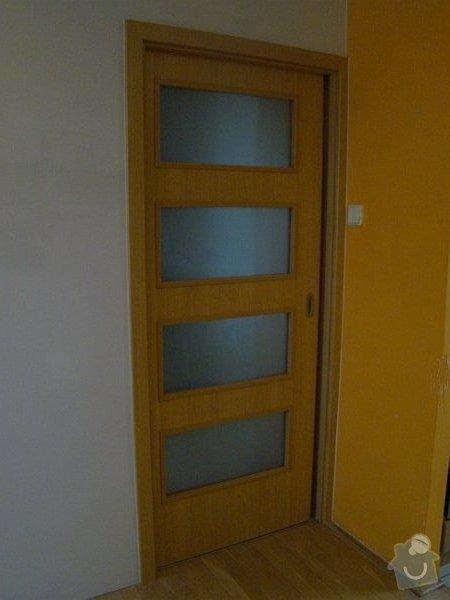 SDK příčka, osazení pouzdra a posuvných dveří: DSC05451-001