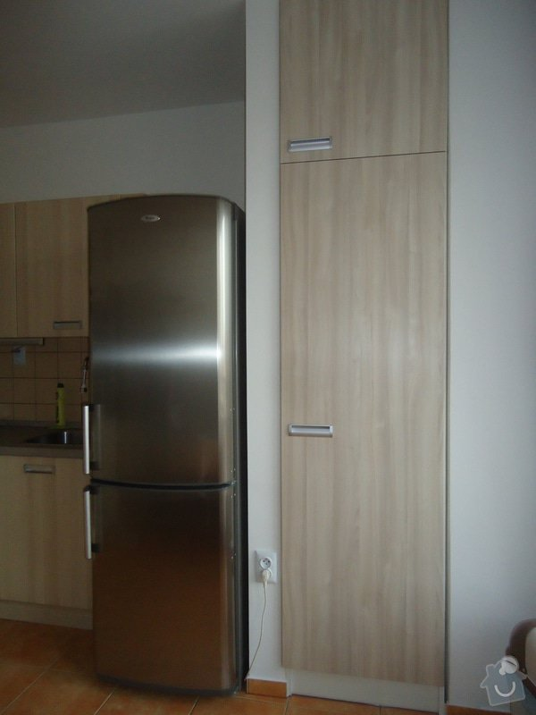 Sundat lino v kuchyni, položit dlažbu 17 m2 vymalovat kuchyň: 00