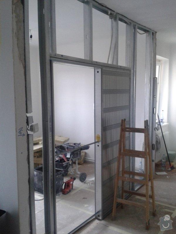 Posunutí dvěřního otvoru v sadrokartonové stěně: 20130916_132328