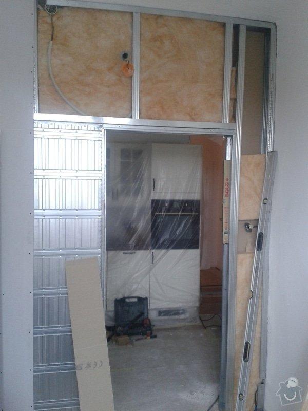 Posunutí dvěřního otvoru v sadrokartonové stěně: 20130916_150111