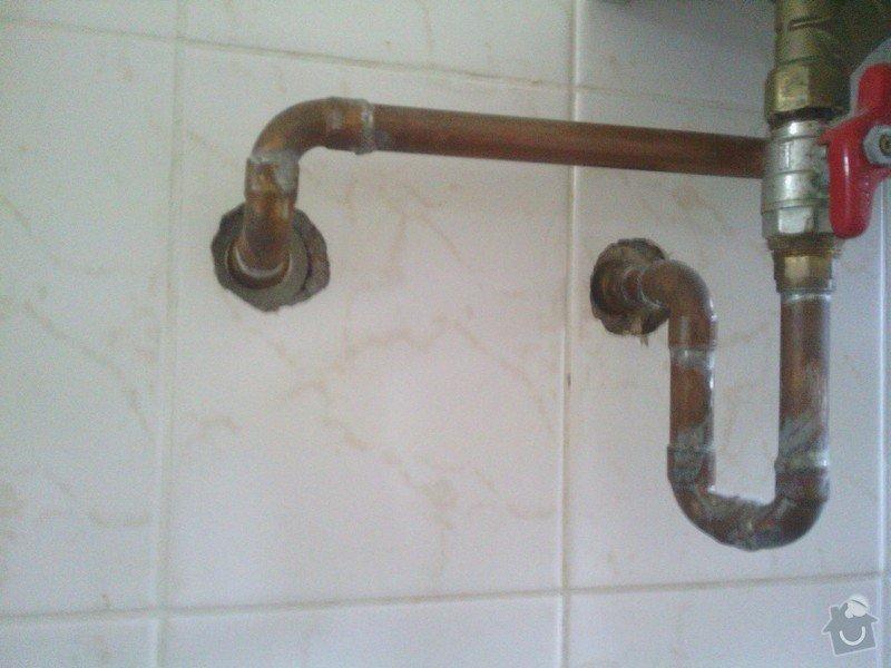 Opravy v koupelně po instalatéřích: 5