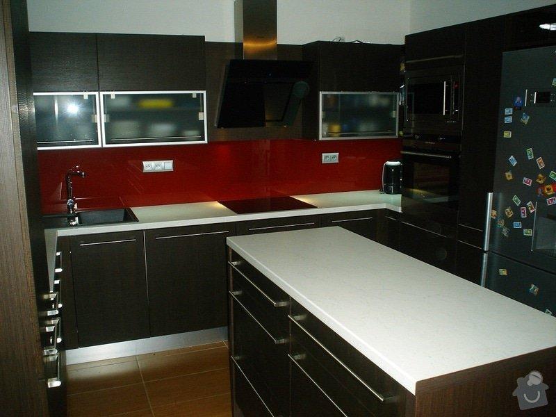 Kuchyňská linka: Kuchyn_P-A_bilovice