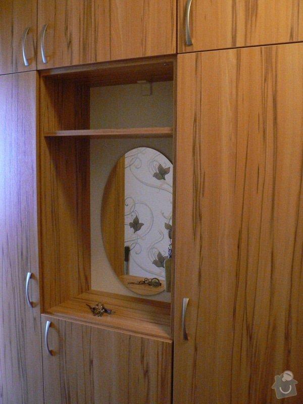 Vestavěné skříně : skrin5
