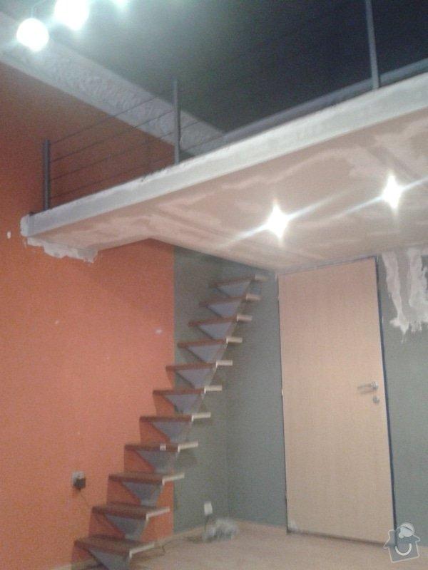 Patro na spaní, schody,osvětlení,zábradlí, podium.: 20131026_163111