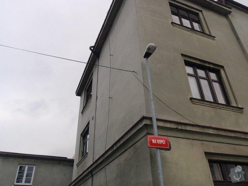 Fasádu bytového domu: PB080300