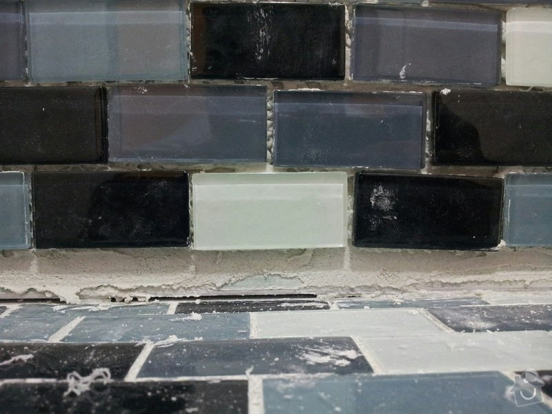 REKONSTRUKCE bytu: Nerovna_mosaika