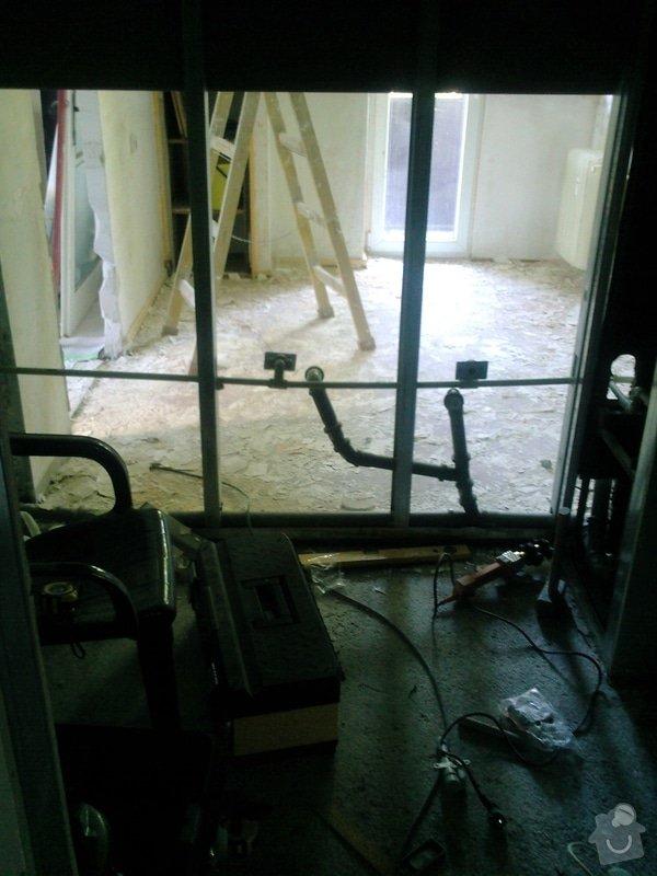Rekonstru  bytového umakartového jádra a pod.: Fotografie-0055