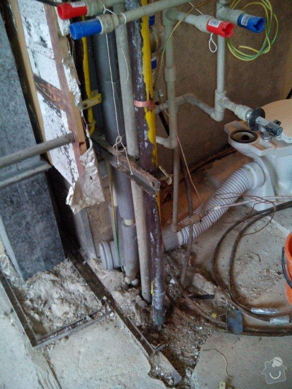 Vodoinstalace pro novou rekonstrukci  koupelny wc a kuchyne: pohled_na_hvezdici_pristupna_lehce_pouze_predni