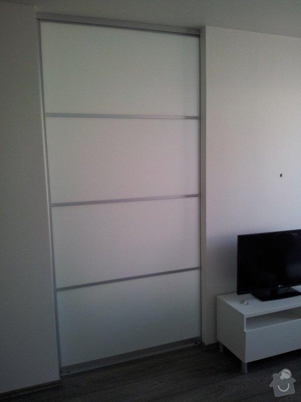 Dělící stěna, přepažení místnosti: delici_stena20121114_130346