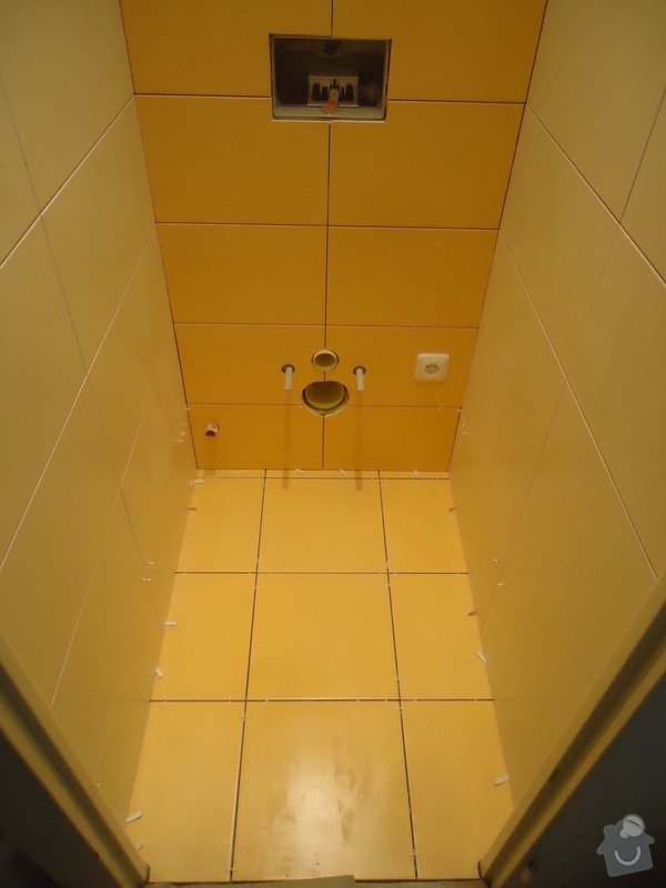 Rekonstrukci WC a koupelny: 12