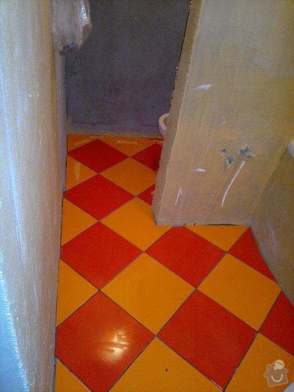 Rekonstrukce koupelny, wc, šatny,pokládka podlahy,malba: 11