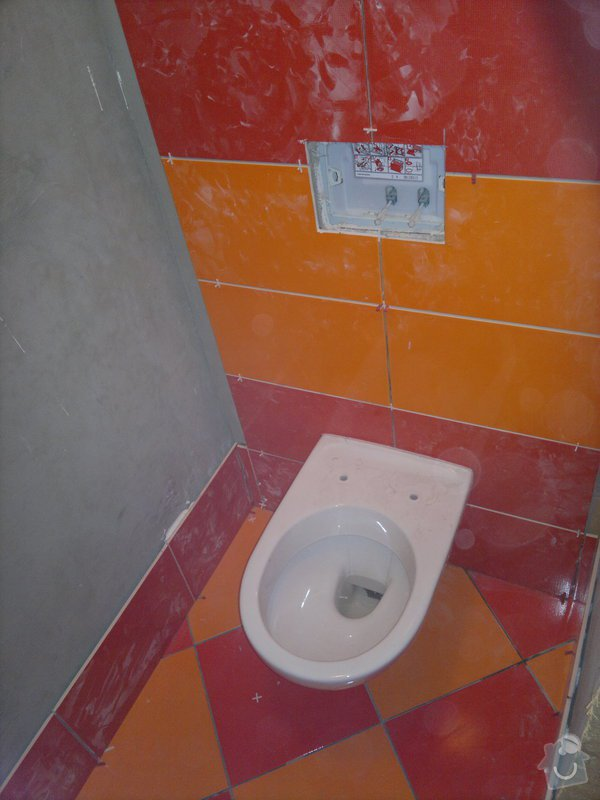 Rekonstrukce koupelny, wc, šatny,pokládka podlahy,malba: 12