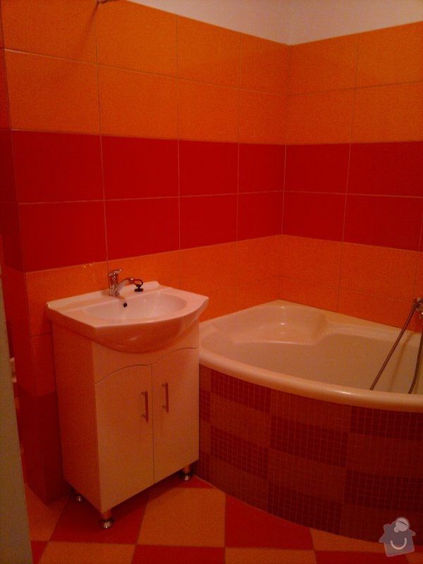 Rekonstrukce koupelny, wc, šatny,pokládka podlahy,malba: 29042011355