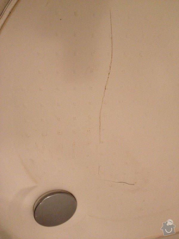 Rekonstrukce sprchového koutu: SK_vanicka_prasklina