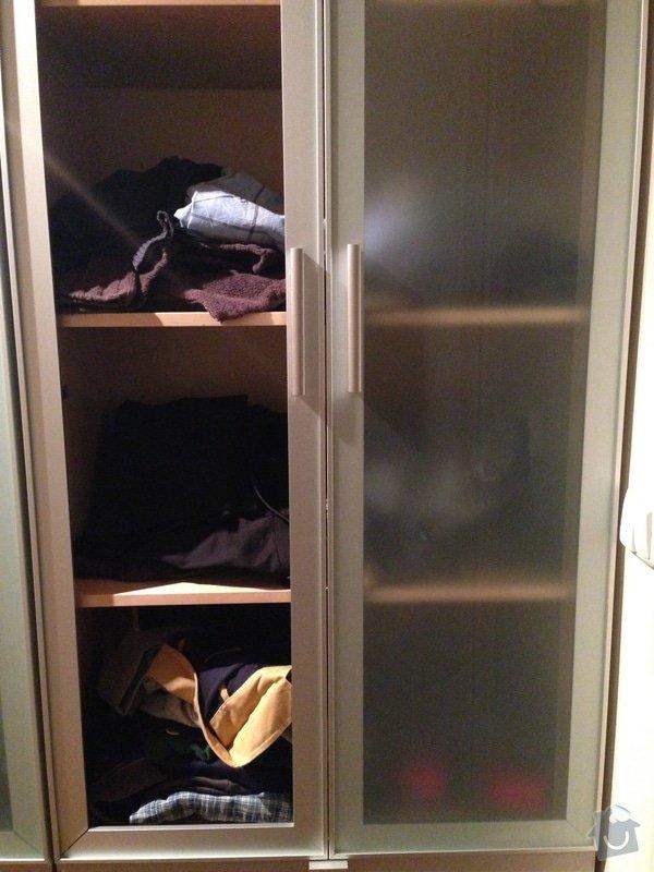 Zasklení skleněných dveří u skříně: IMG_0442