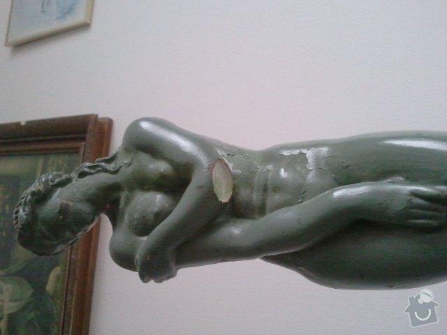 Restaurování sochy (patinovaná sádra): 2012-01-08_13.46.55