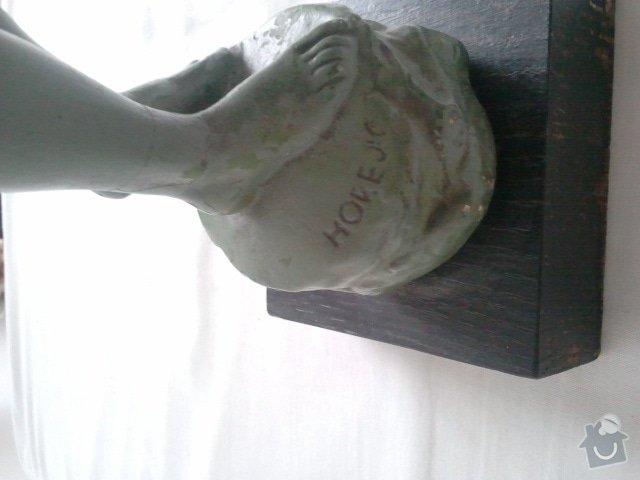 Restaurování sochy (patinovaná sádra): 2012-01-08_13.47.15