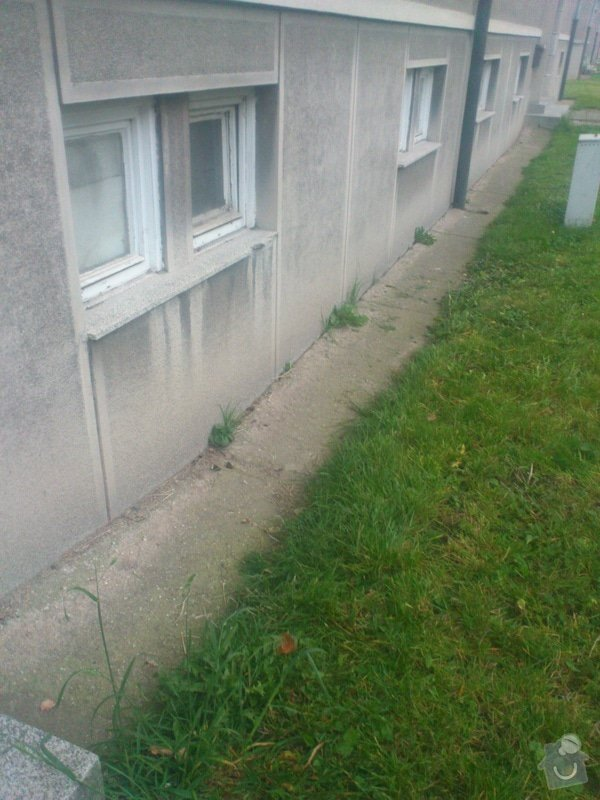 Izolace spodní stavby včetně soklu: DSC_0344