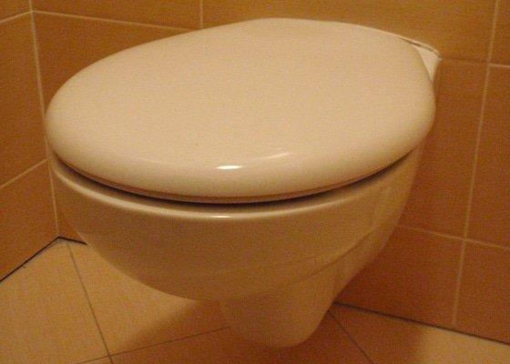 Výměna závěsného klozetu/WC