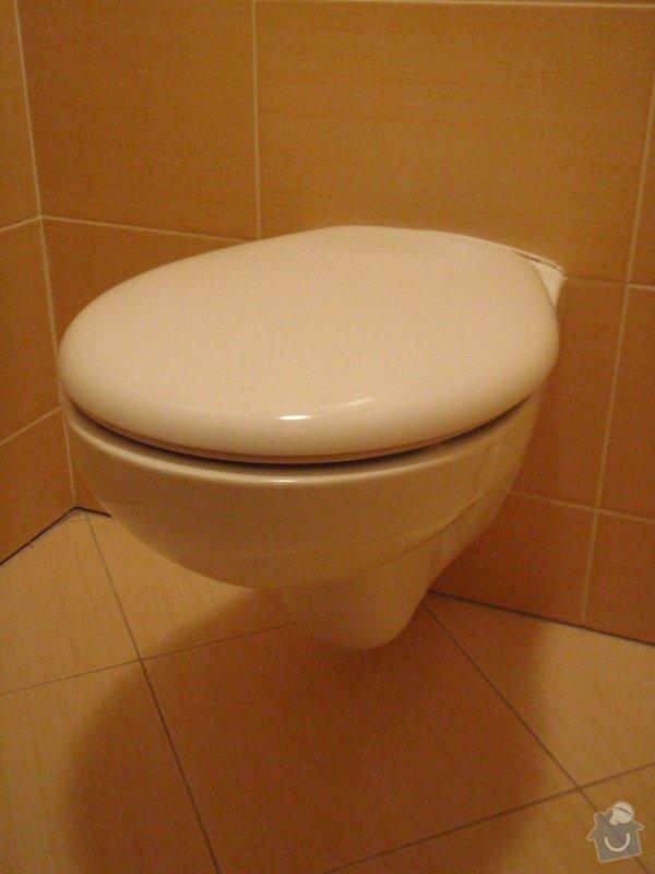 Výměna závěsného klozetu/WC: KLOZET_1_