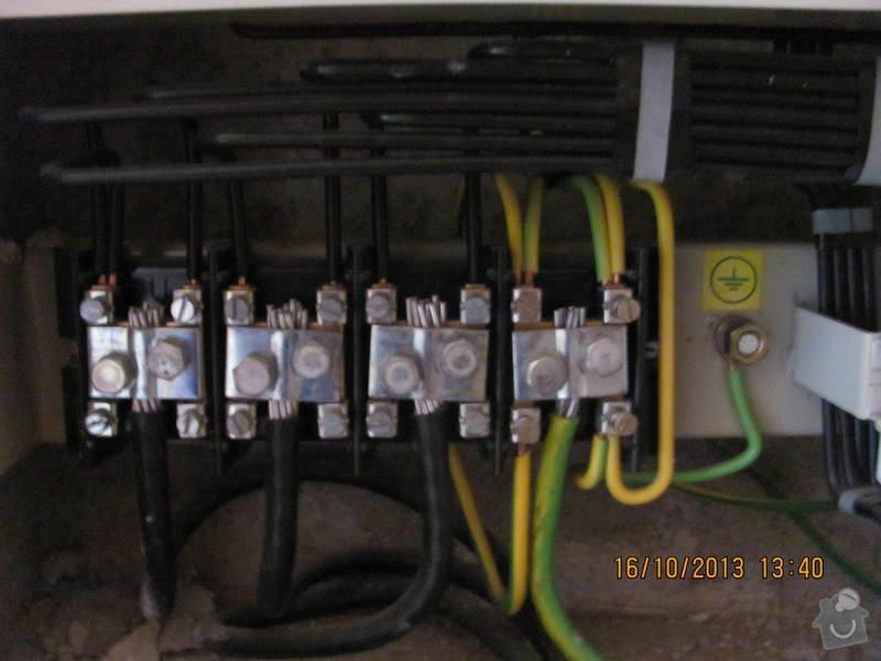 Přepojení společného osvětlení v domě na jiný elektroměr a zrušení jednoho odběrného místa: 015