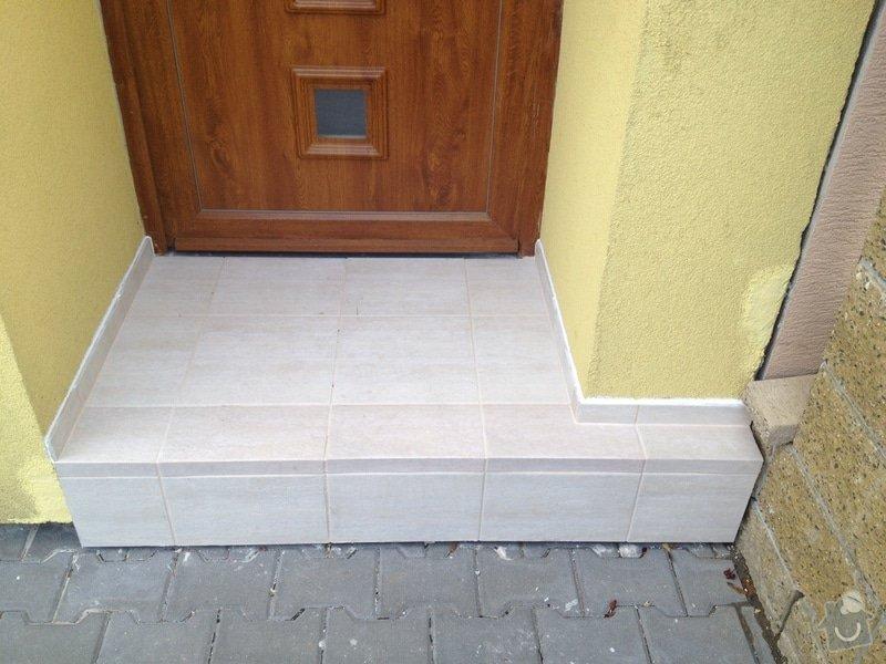 Obložení vstupního schodu RD: Obrany_vchod03